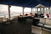 Top deck relaxing area