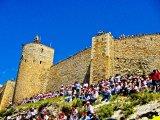 Castle Crowds